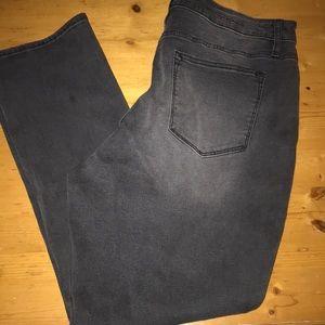 Vigoss Black Jeans Marley 16 NWT